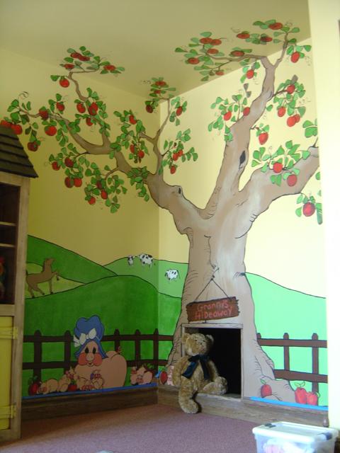 Farm mural for Apple tree mural